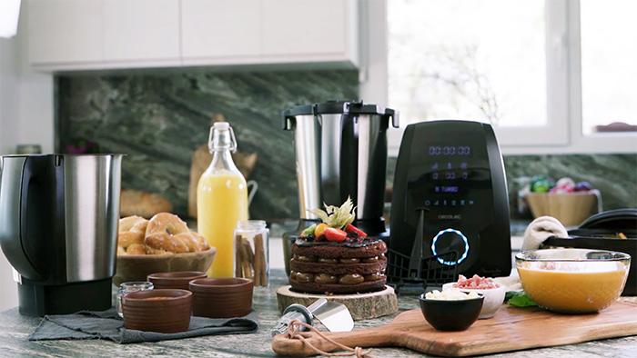 robot de cocina Mambo 9590 de Cecotec